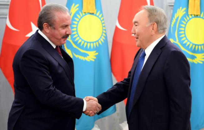 Назарбаев встретился со спикером Великого национального собрания Турции