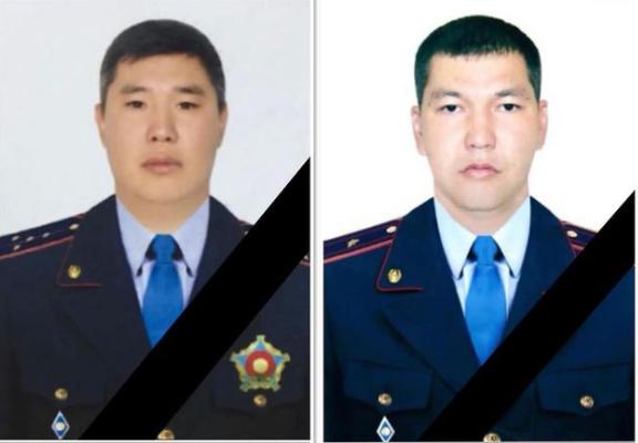 Жилье выделят семьям погибших при стрельбе в Алматы полицейских