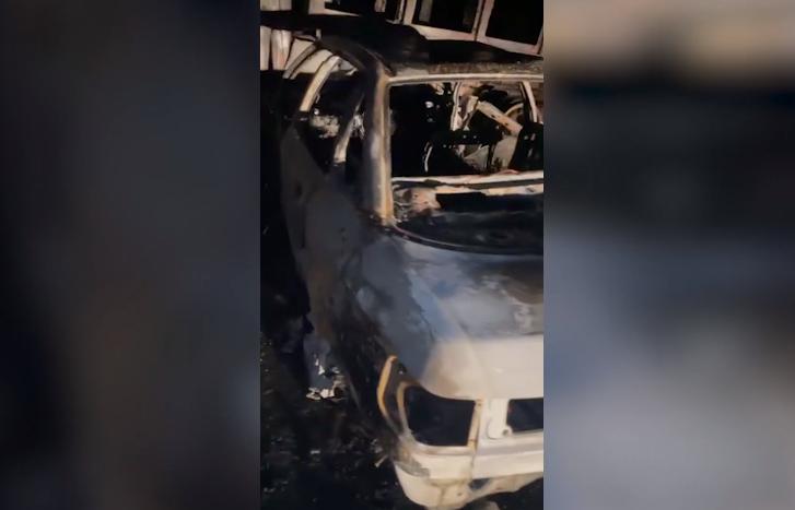 Водитель и пассажир легковушки сгорели после столкновения с грузовиком
