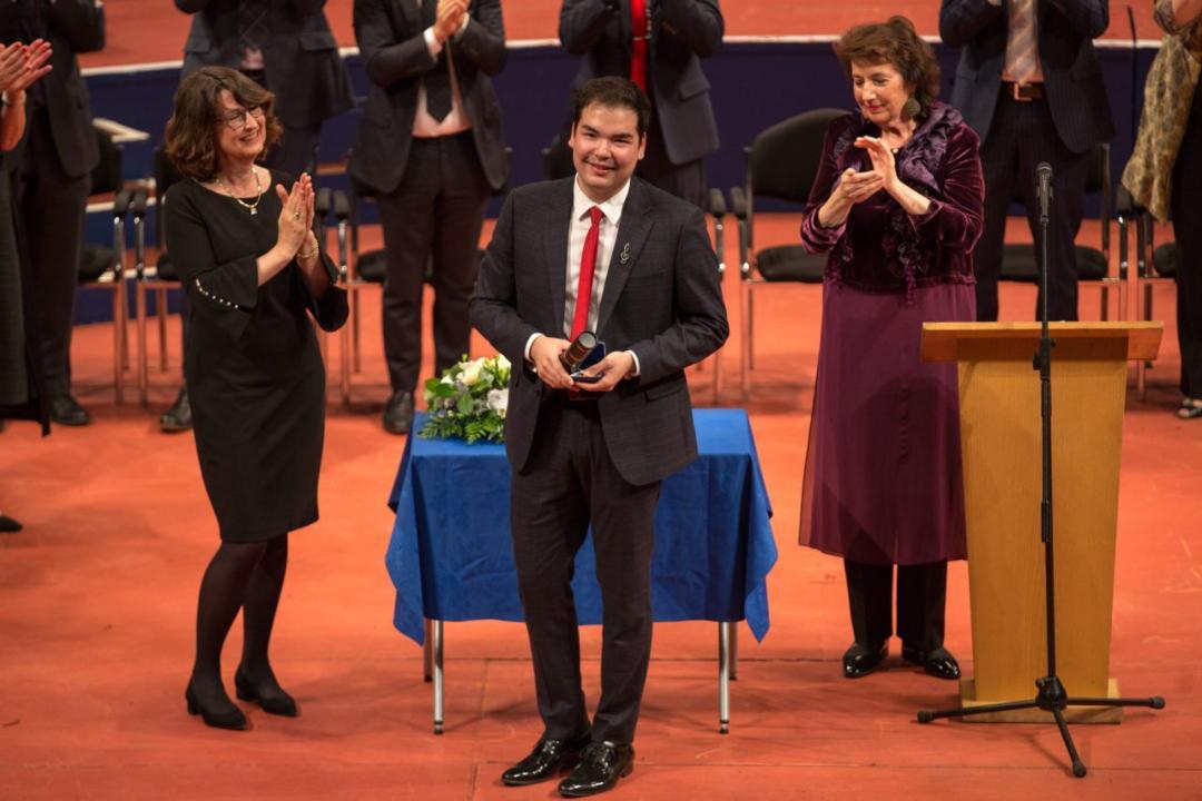23-летний казахстанец победил в престижном Международном конкурсе пианистов