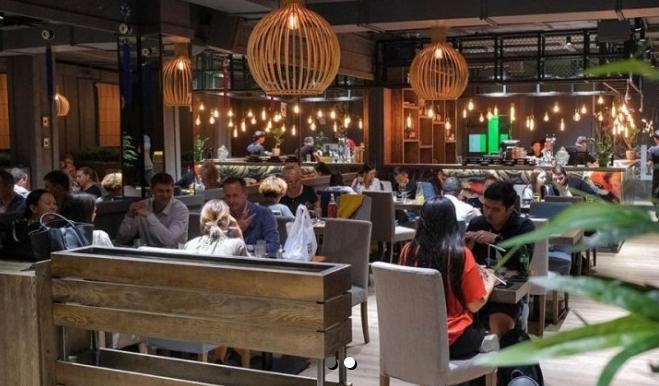 В Алматы кафе незаконно оштрафовали за нарушение карантина