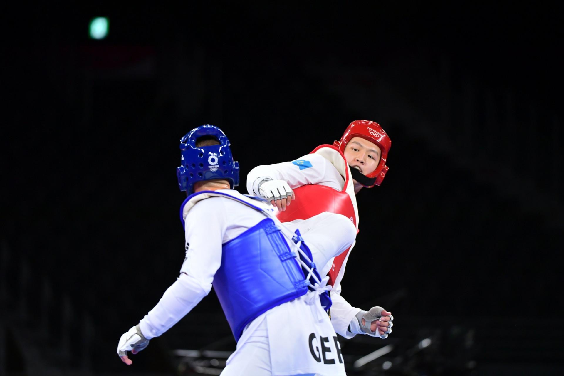 Казахстанец стартовал с победы на Олимпийских играх в Токио