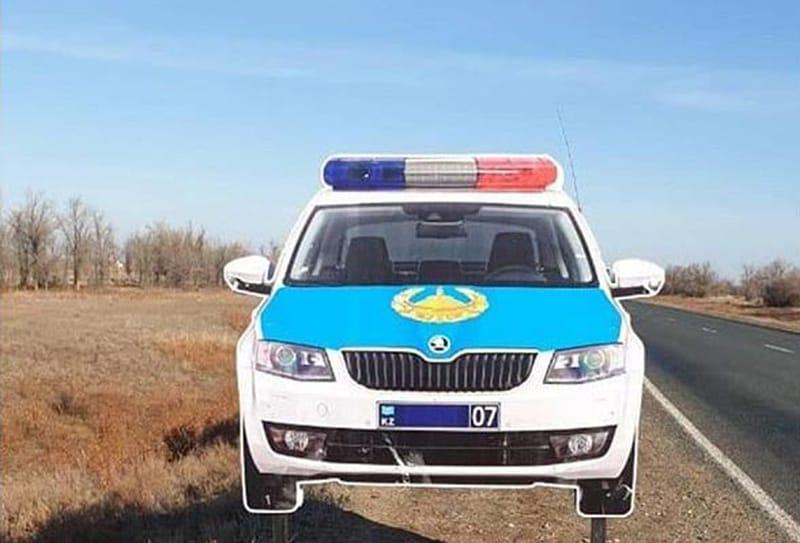 Западноказахстанец угнал... макет полицейской машины