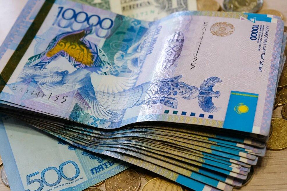 Минимальная зарплата – 60 тысяч тенге. Опубликован проект закона