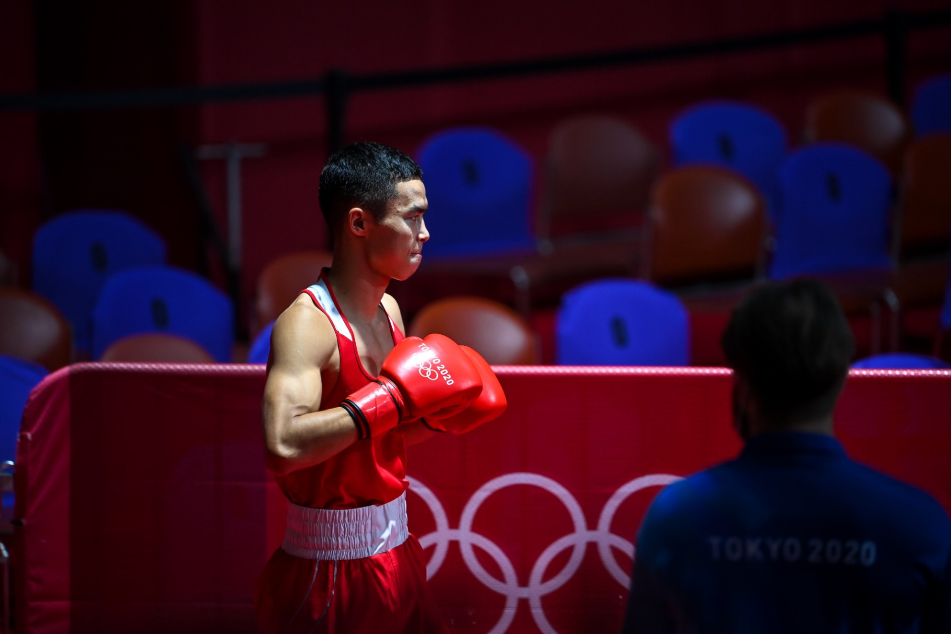 Какую медаль принес Казахстану боксер Сакен Бибосынов