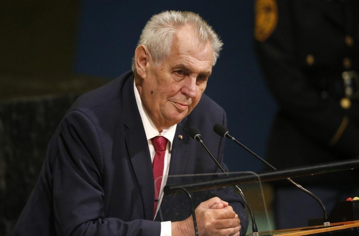 Госпитализирован президент Чехии