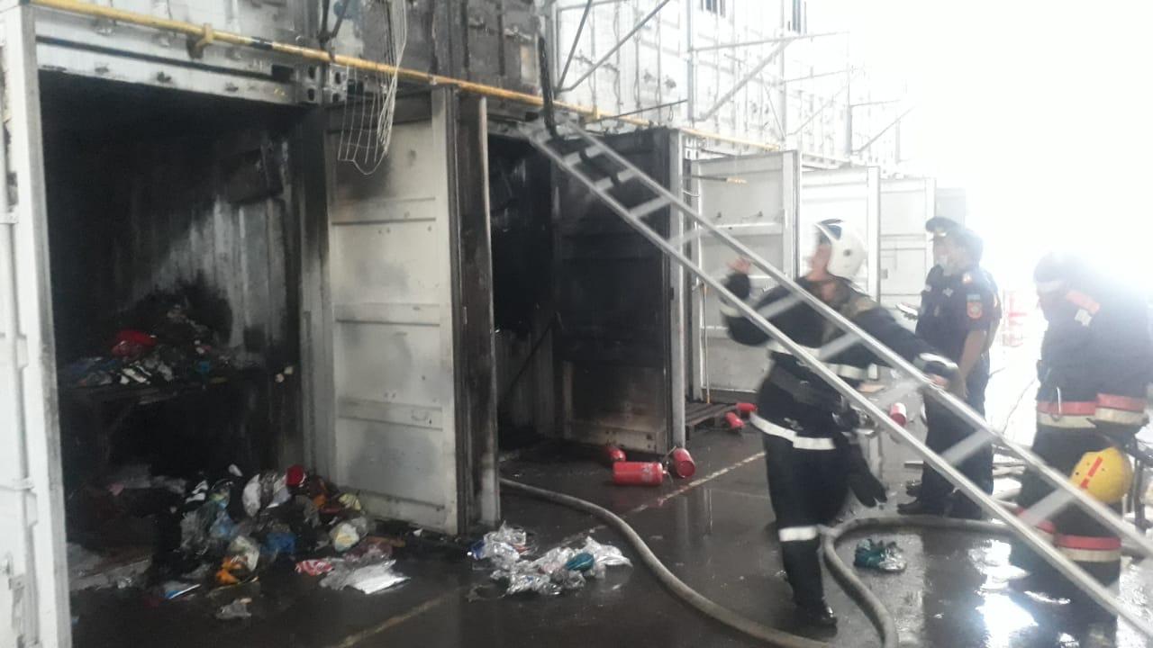 На барахолке в Алматы произошел пожар