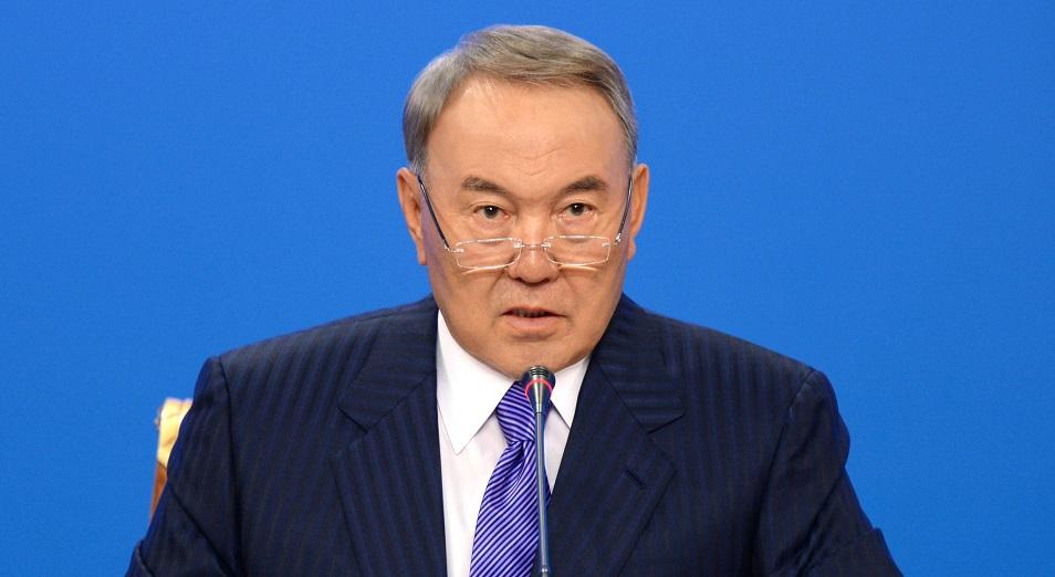 """Назарбаев - Касымбеку: """"Готовь три конверта!"""""""