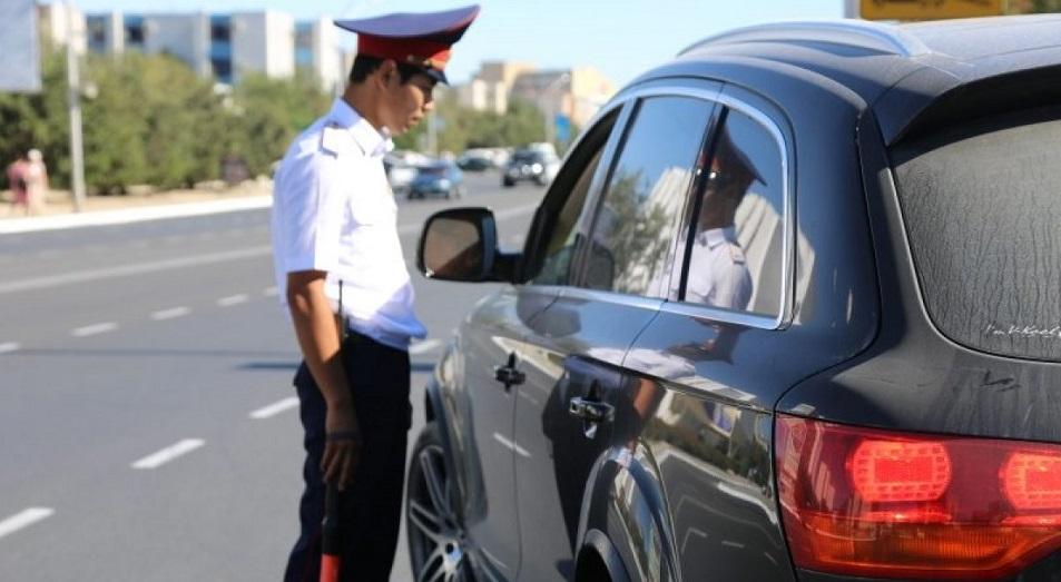 Дорожных полицейских Астаны переводят в онлайн