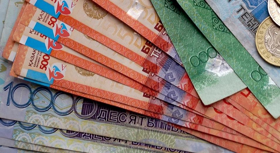 Тенге крепчает, но от валюты ЕНПФ не отказывается
