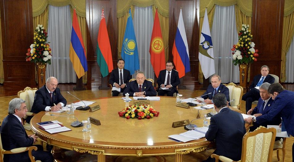 ЕАЭС: расширение интеграции на фоне внутренних проблем