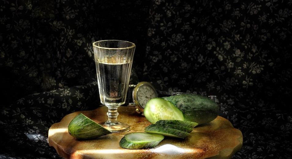 Казахстанцы постепенно отказываются от водки