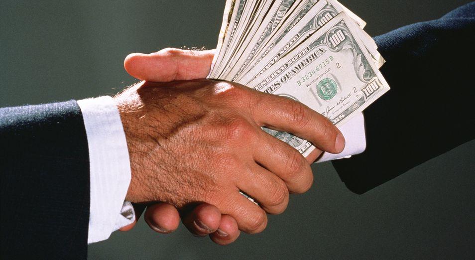 Казахстан ежегодно теряет из-за коррупции 3,8 млрд долларов