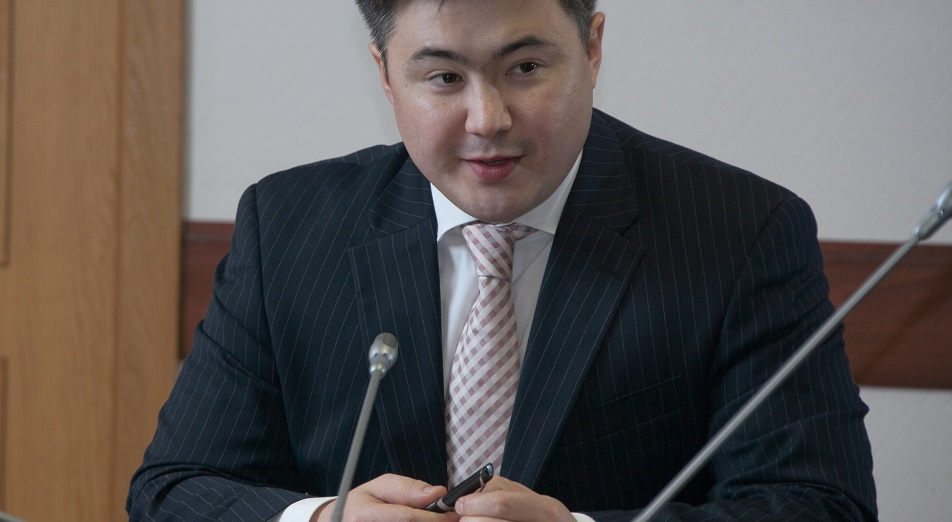 В Казахстане могут снизить социальный налог