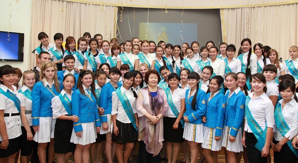 Сара Назарбаева: «Мы хотим возродить в нашем обществе духовные ценности через образование»