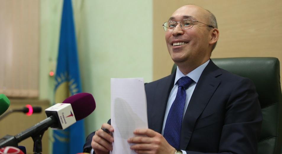 Биржа МФЦА обсуждает свой акционерный состав