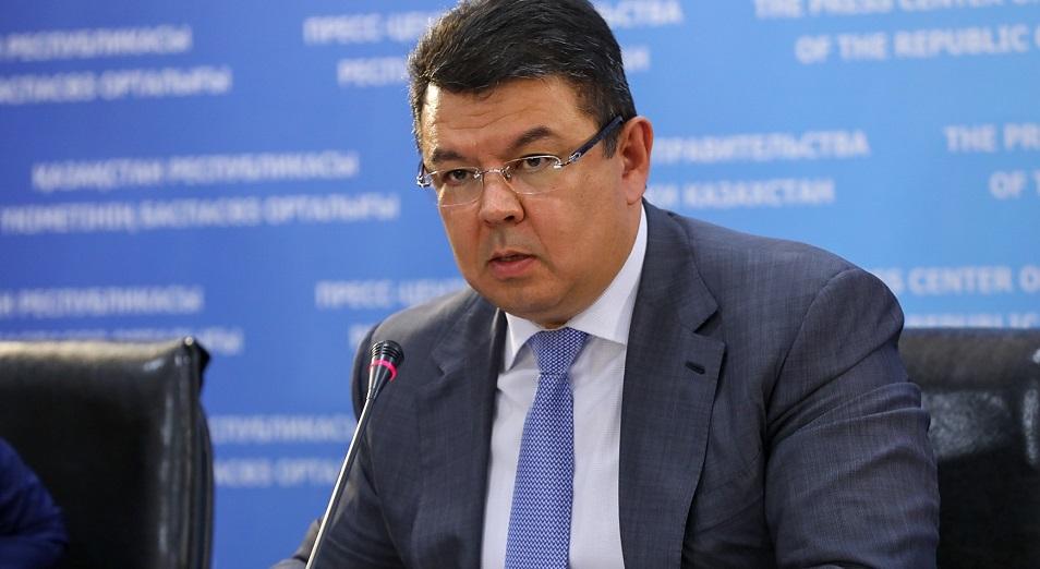 Казахстан ищет инвесторов для производства полиэтилена