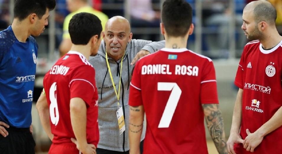 Какау и Игита снова в претендентах на UMBRO Futsal Awards