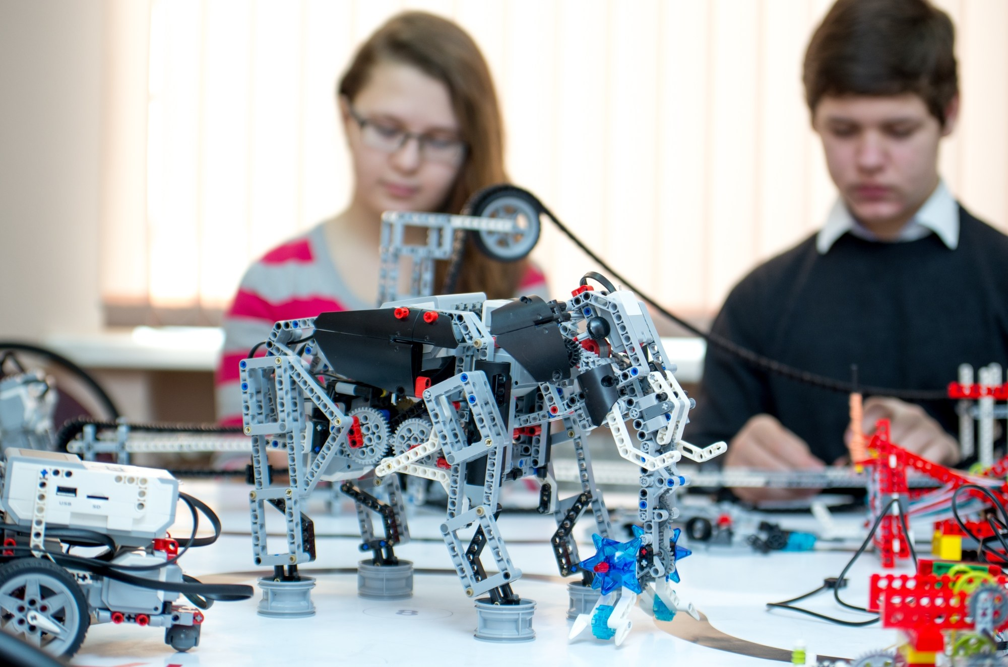 Лаборатория робототехники появится в одной из школ Караганды