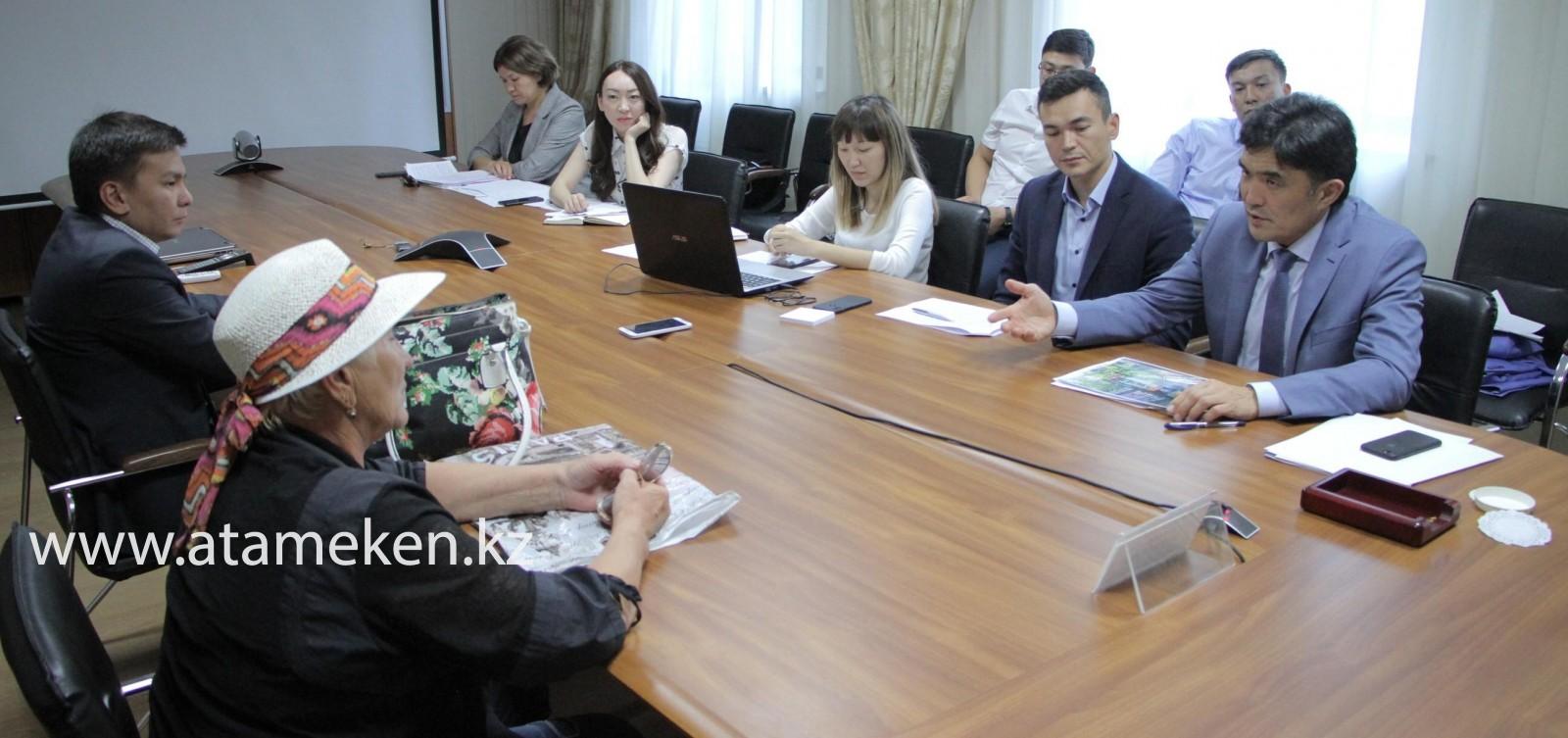«Атамекен» принял граждан в общественной приёмной «Нур Отана»