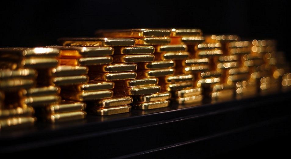 Нацбанк «уходит» в золото