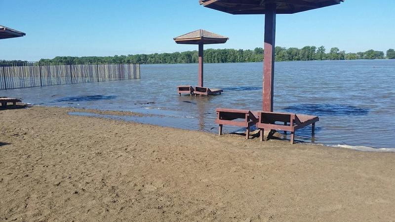 Несанкционированные пляжи устраняют в Павлодаре