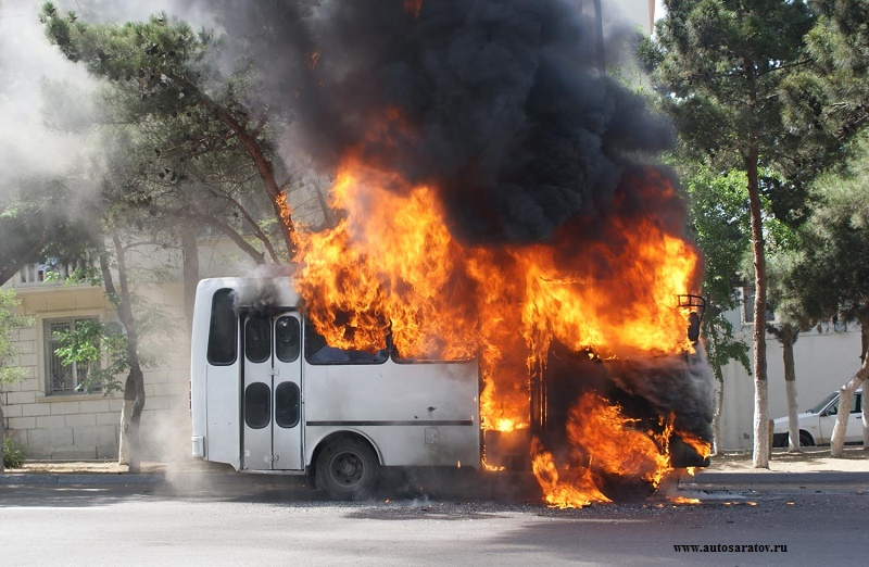 Детский тренер из Казахстана спас людей из горящего автобуса в России