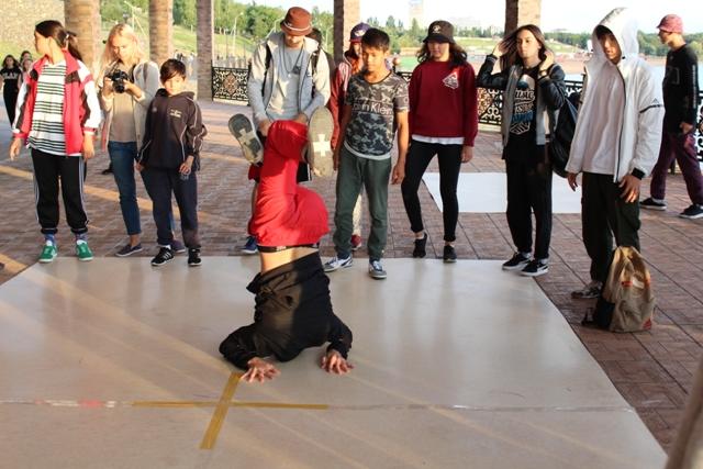 Около 70 участников соревновались в Павлодаре в мастерстве современного танца