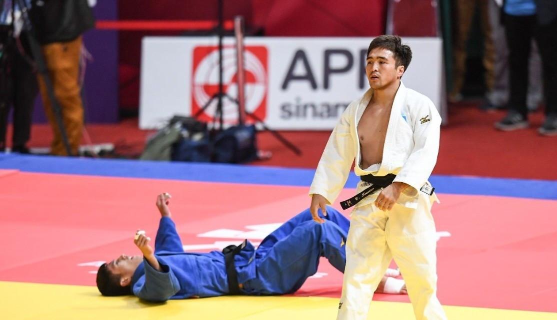 Елдос Сметов взял «бронзу» на турнире Masters в Китае
