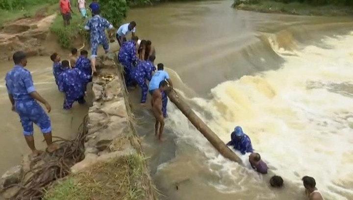 В Индии из-за наводнений погибли 127 человек
