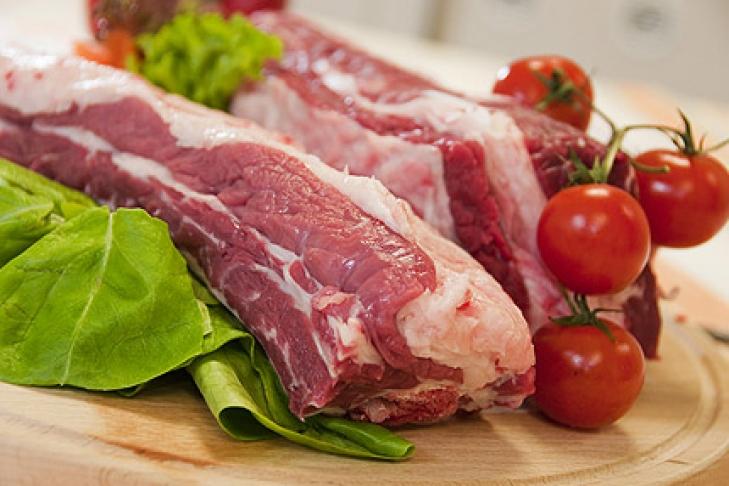 Из-за дефицита свинины в КНР стоимость мясной продукции в мире подорожает до 5%