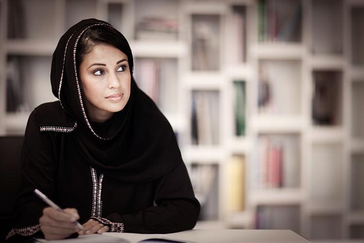 Семь женщин в арабском обществе избрались в парламент