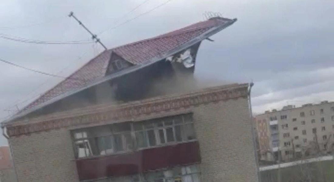 Сорванная ветром крыша убила сторожа в Акмолинской области