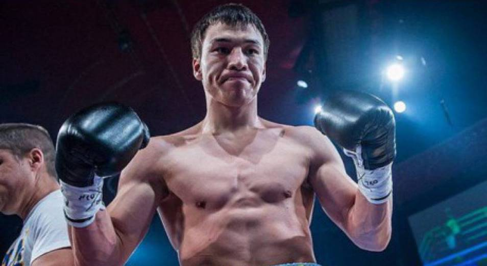 Джукембаев снял титулы с воскресного боя
