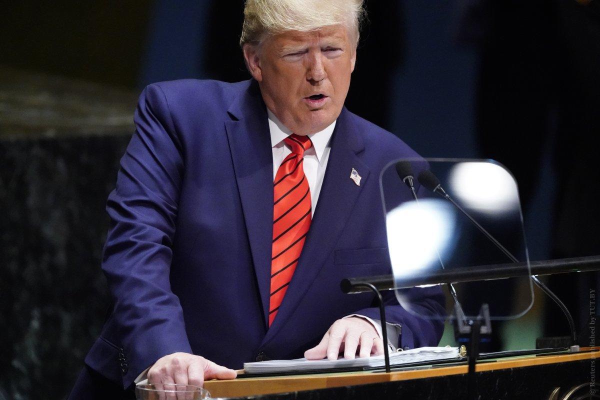 """Трамп заявил о готовности усиливать санкции против Ирана до его отказа от """"угрожающего поведения"""""""