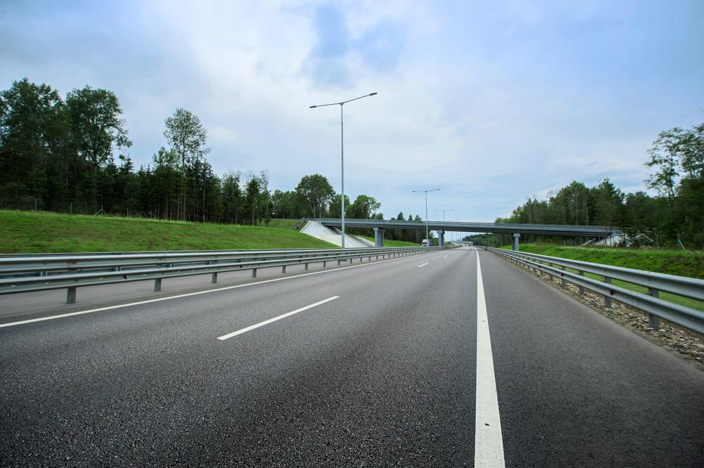 Свыше 200 км автодорог планируется открыть до конца года
