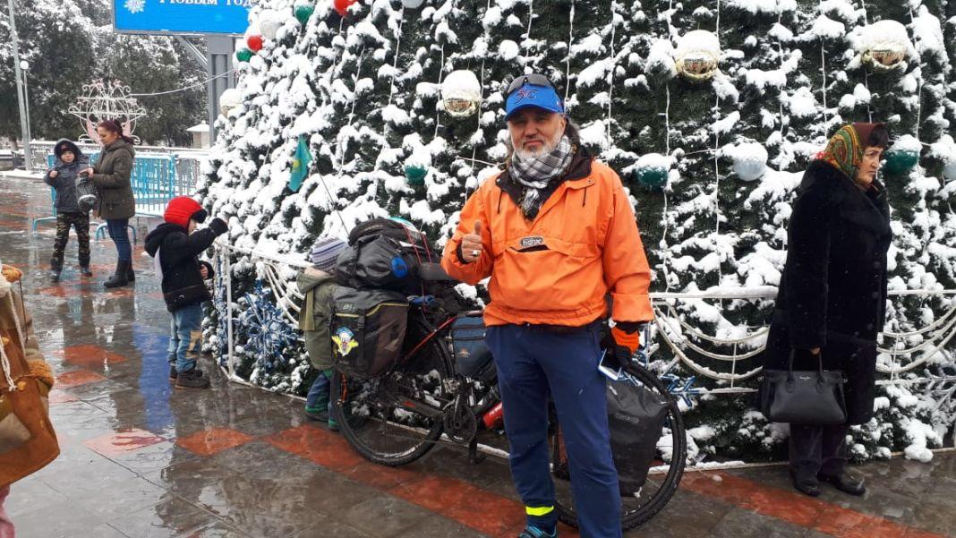 Алматинец отправился на хадж в Мекку на велосипеде