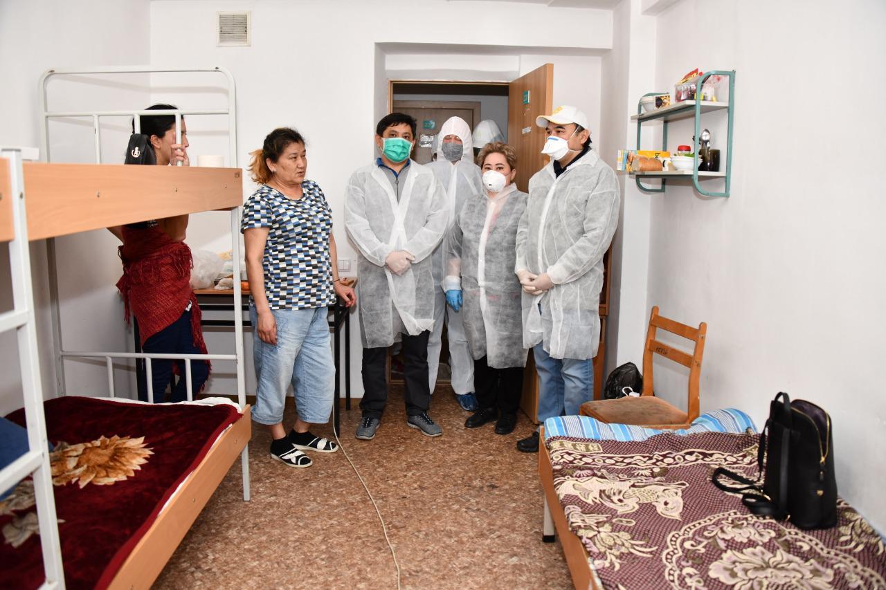 Ержан Бабакумаров проверил условия проживания медработников в гостиницах и общежитиях