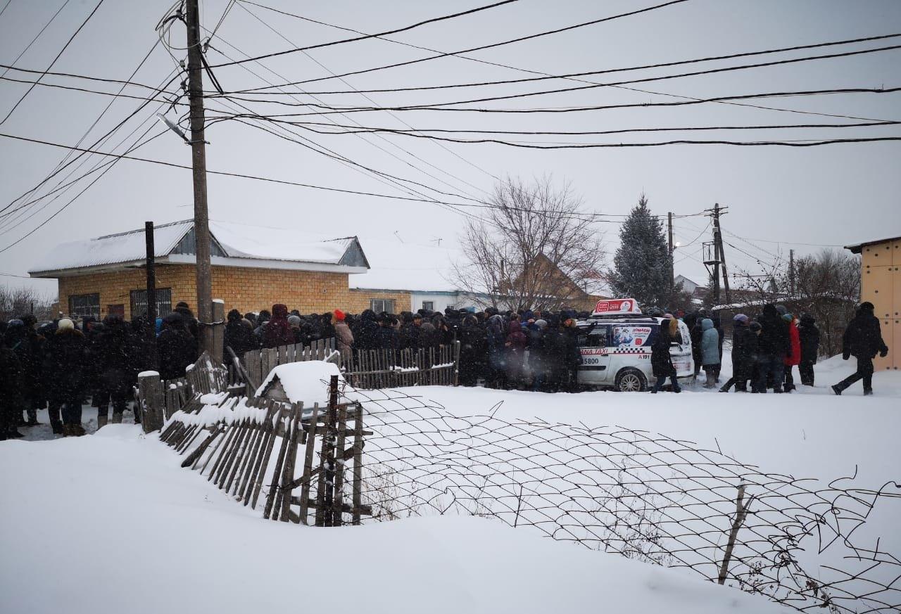 Сегодня в Астане похоронили девочек, заживо сгоревших в жилом массиве Коктал-1