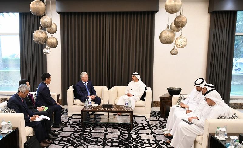 Министры иностранных дел РК и ОАЭ подписали дорожную карту взаимодействия