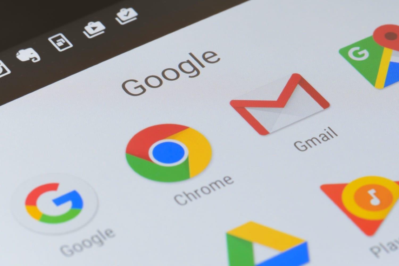Трамп обвинил Google в помощи военным Китая