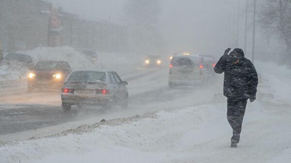 Погода в РК: в трех регионах ожидаются метель, туман и гололед