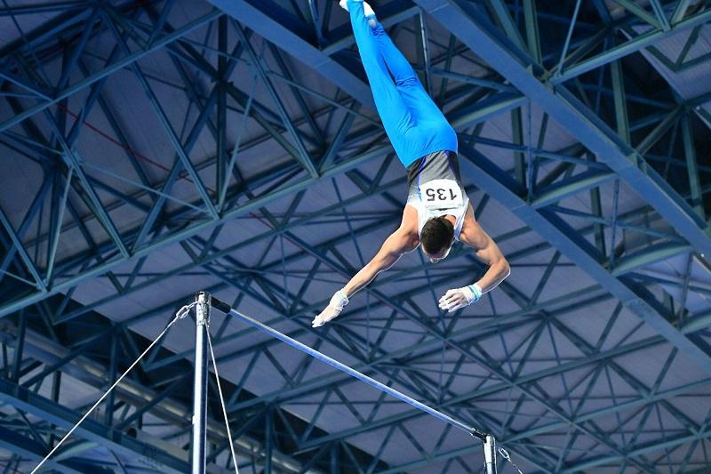 Казахстанский гимнаст Милад Карими завоевал серебряную медаль на Универсиаде-2019