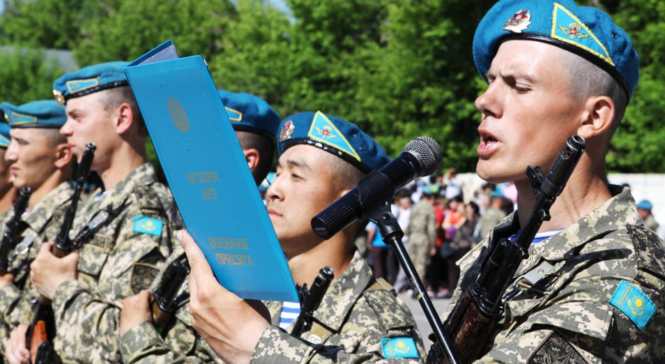 Россия не передаёт Казахстану военные стандарты