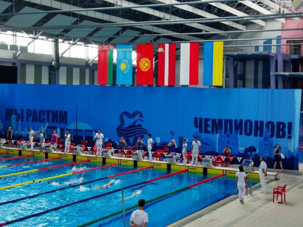 Пловцы из Казахстана завоевали еще два золота на турнире в Бресте