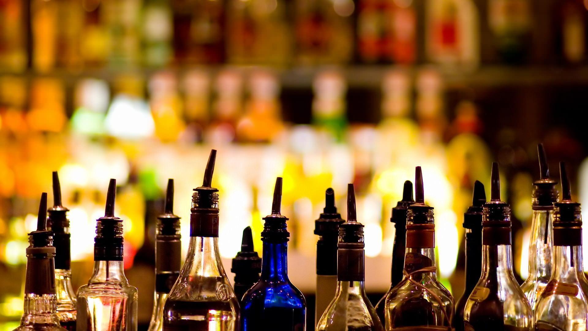 Более 86,5 тыс. бутылок алкоголя изъяли в Прииртышье из теневого оборота