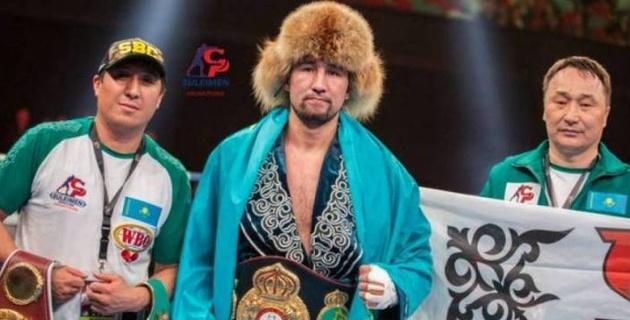 Жеңілмеген қазақ боксшысы WBA рейтингінде үздік үштікке енді