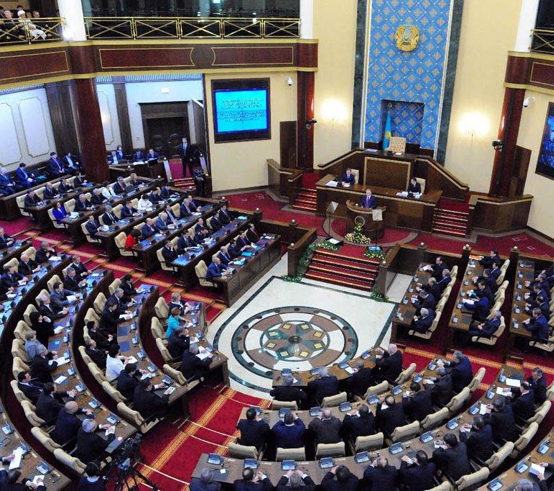 ЦИК РК зарегистрировал назначенных Президентом депутатов сената