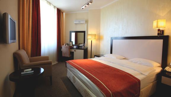 Иностранцам предлагают платить взносы за проживание в отелях