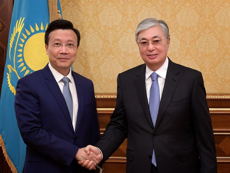 Касым-Жомарт Токаев провел переговоры с председателем КНР Си Цзиньпином